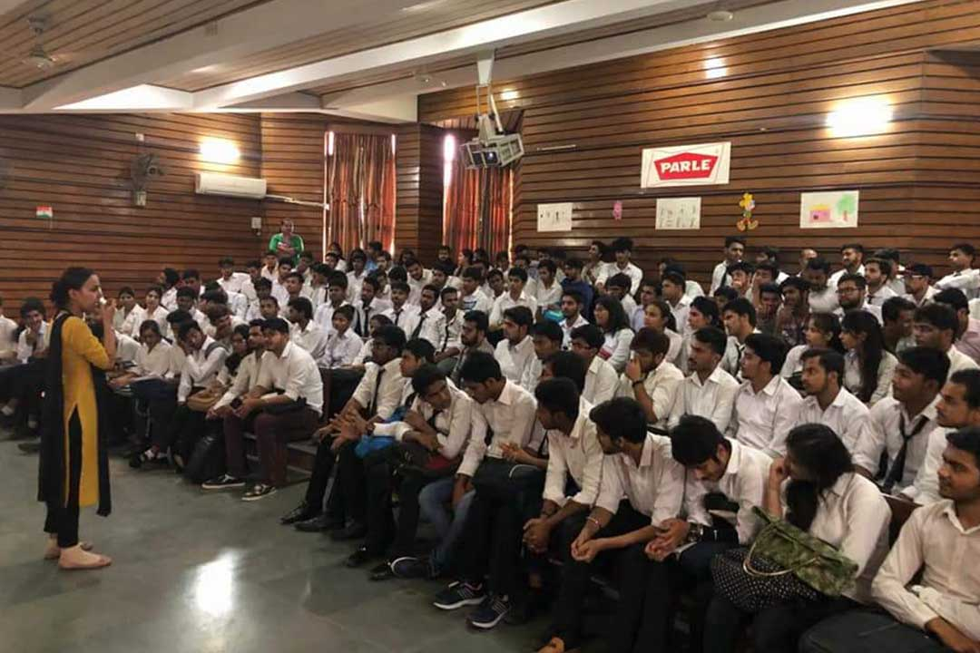 Gurugram  Global College of Pharmacy  organised industrial visit  to PARLE -G , Bahadurgarh  Plant  on  Thursday , 5th April, 2018 for B.Pharmacy and D.Pharmacy Students.